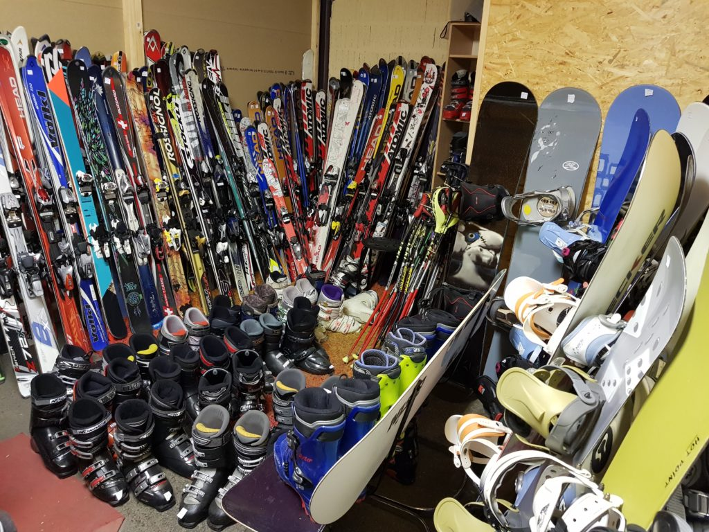 Skis Snowboards Chaussures